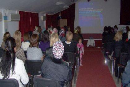 Kültür Merkezi'nde meme kanseri semineri