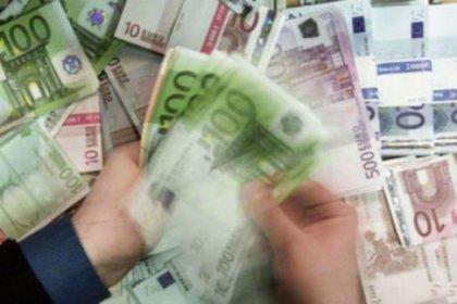Maliye Bakanı bütçe için umutsuz