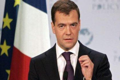 Medvedev: Operasyona karşıyız