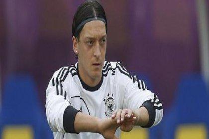 Mesut Özil'den suç duyurusu