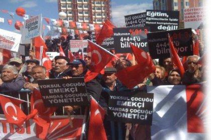 Oturumu Tandoğan'da Açtı