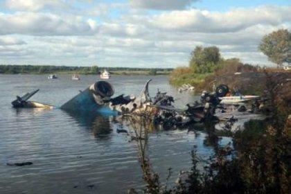 Rusya'da askeri uçak düştü: 2 ölü