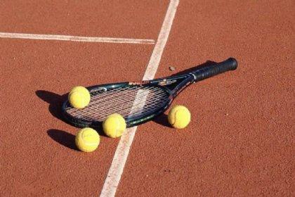 Tenişçiler greve gidiyor