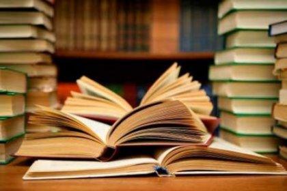 Üniversite Kitaptan Korktu