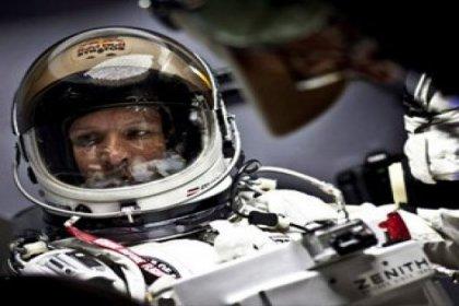 Uzaydan dünyaya atlayış yapacak!