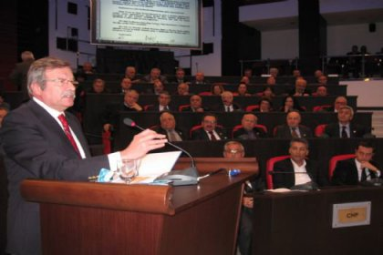 Vekil Gülsever AKP Hükümetine seslendi