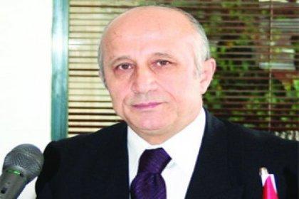 Yaşar Nuri'den şok hareket