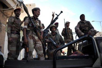 Yemen'de askeri isyan