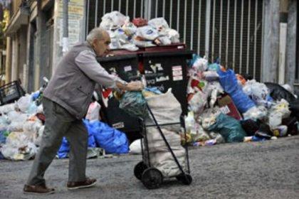 Yunan yoksullar İsviçre'ye para kaçırmış