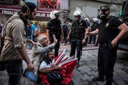 Gezi'de tutuklanan bayrak satıcısı hakim karşısında