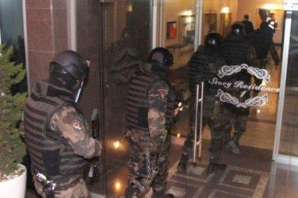 İstanbul'da 'özel harekatlı' şafak baskını