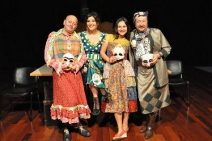 Kadıköy'de Yıldızlar Altında Tiyatro Keyfi Başlıyor