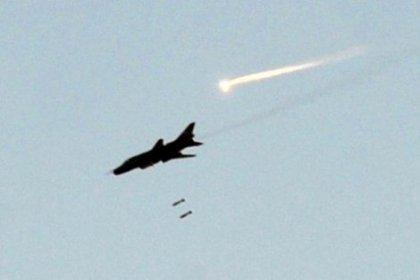 Suriye savaş uçağı Lübnan'ı bombaladı