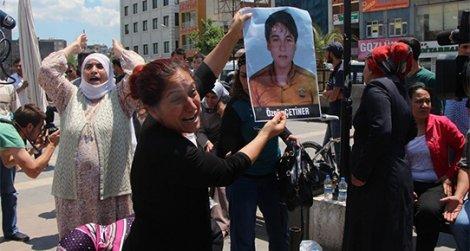 Diyarbakır'da 'anne' eylemi: Çocuğumu istiyorum