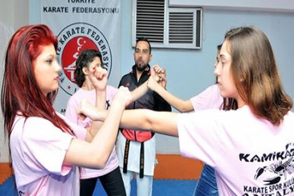 Kadınlara şiddetten korunmayı öğreten karateci karısını dövdü!