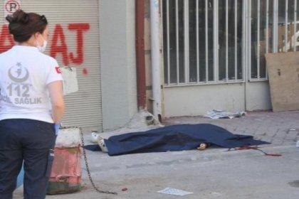 Eşini sokak ortasında pompalı tüfekle öldürüp intihar etti