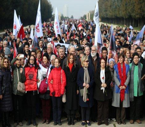 Meclis önünde başkanlık protestosu çağrısı