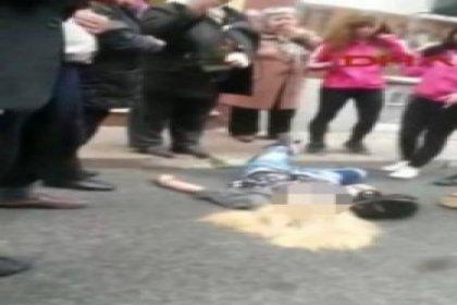 Fatih'te bir kadın sokak ortasında kurşunlandı