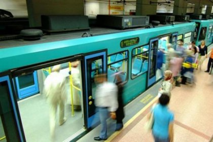 Metroda kadın yolcuya tehditler savuran kişi tespit edildi