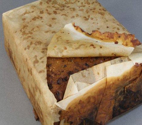 Antarktika'da bulunan 100 yıllık kek tazeliğini koruyor