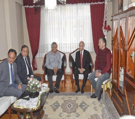 CHP Lideri Kılıçdaroğlu, Ordu'da şehit Cüneyt Akkuş'un ailesini ziyaret etti