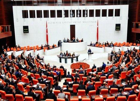 İlk tur tamamlandı, anayasa değişikliği teklifinin 18 maddesi Meclis'ten geçti