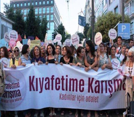 Kadınlar Kadıköy'den seslendi: Kıyafetime karışma!