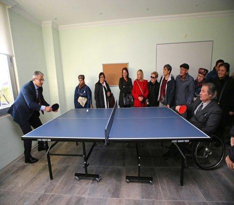 Karşıyaka'da 'Kısa Süreli Engelli Dinlenme Merkezi' açıldı