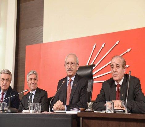 Kemal Kılıçdaroğlu, 'Hayır Platformu' üyeleri ile görüştü