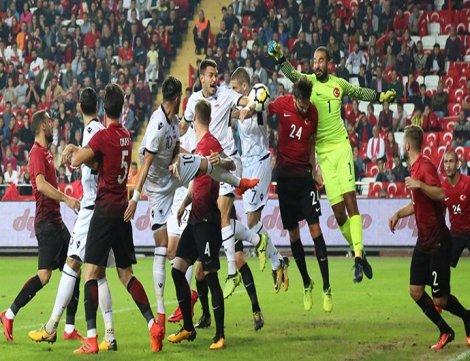 Milli Takım 3-2 Arnavutluk'a yenildi