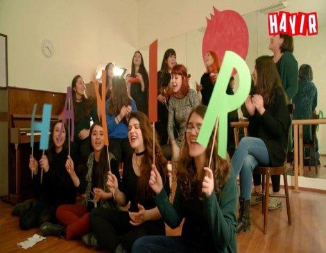 Nar Kadın Dayanışması'ndan bir 'HAYIR' şarkısı daha geldi