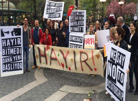 New York'ta referandum protestosu