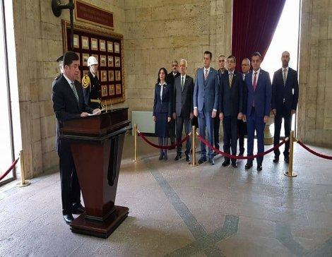 TBMM Başkanlık Divanı CHP'li üyeler Anıtkabir'i ziyaret etti