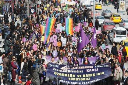 8 Mart Kadın Platformu: Tek adam rejimi, kadınlar için Ortaçağ anlamına gelir