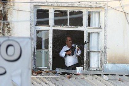 Ankara'da husumet pencereye çıkıp ateş açtı teslim ol çağrısına uymadı; öldürüldü