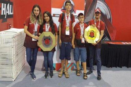 Antalyalı öğrencilerin robot takımı dünya şampiyonu oldu