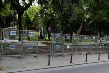 Gezi Parkı'nın bir kısmı bariyerlerle kapatıldı