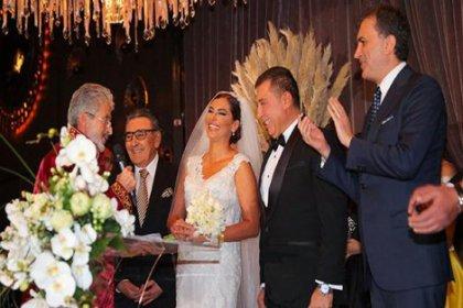 Hande Fırat ile iş adamı Murat Özvardar evlendi