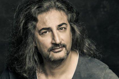 Şarkıcı Çelik: Tostun arasına sosis koyan adamla bir değilim