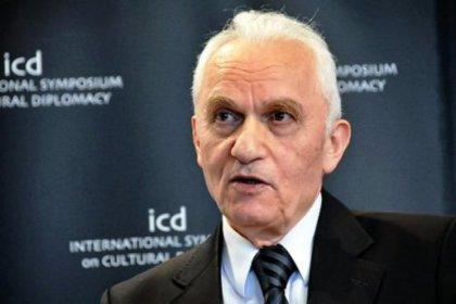 Yaşar Yakış: Gülen'e yakın olmak, AKP'de kariyer yapmanın etkili yollarındandı