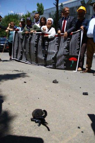 Adalet arayan Somalı ailelere biber gazlı saldırı