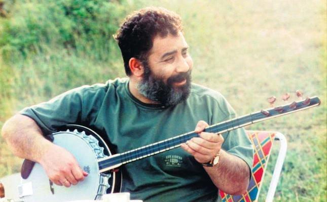 Ahmet Kaya'nın şarkıları tiyatro sahnesine çıkıyor: 'Hep Sonradan'