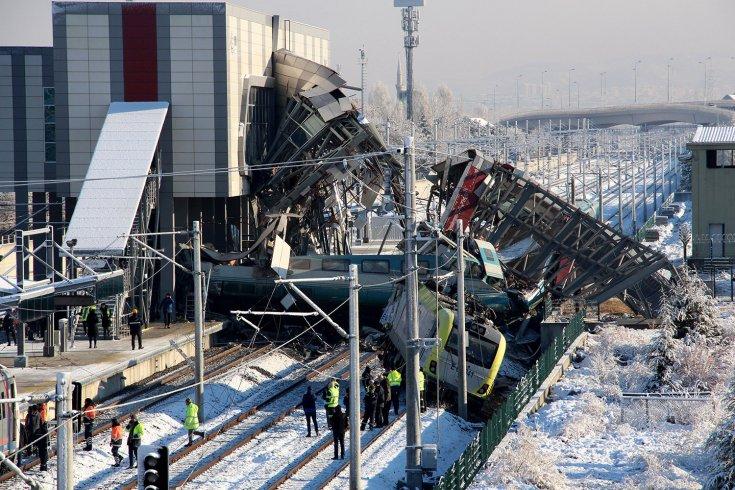 Ankara'daki tren kazasında 3 TCDD görevlisi tutuklandı