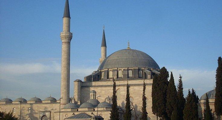 Boğaziçi Elektrik'ten Yavuz Selim Camii'nin elektriğinin kesildiği iddiasıyla ilgili açıklama: İbadete engel bir durum yok