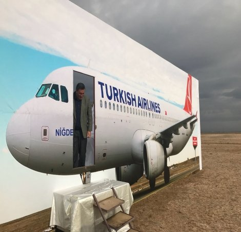 CHP'li Gürer, AKP'nin yapamadığı Niğde Hava limanına iniş yaptı