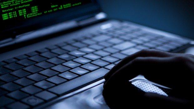 Eğitimde 'porno' ve 'bitcoin' hilesi: 12 okulun internet sitesine erişim engellendi