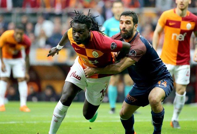 Galatasaray karşısında yenilen Başakşehir'in oyuncusu Arda Turan maç sonrası konuştu: İnsanlar için değil Allah için yaşıyorum