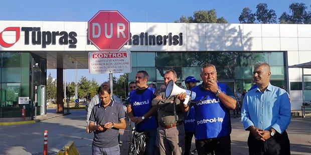TÜPRAŞ işçileri 2 saatlik iş bırakma eylemini tam güne çıkardı
