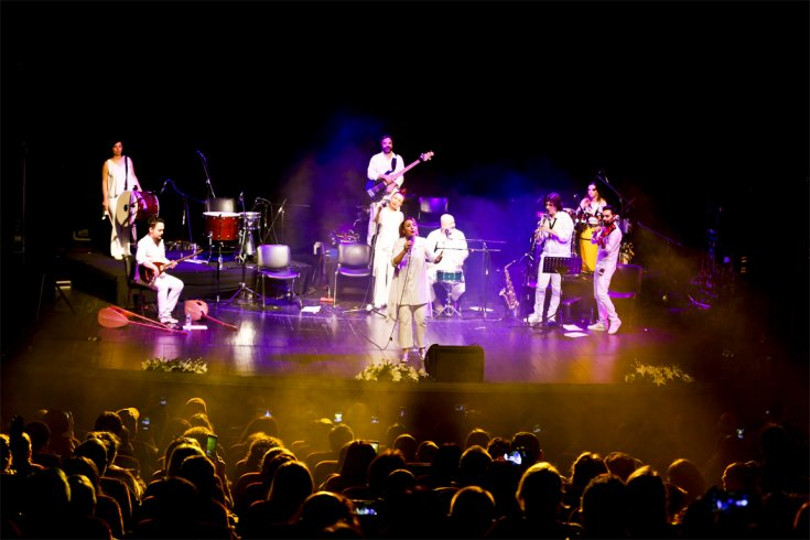 Kardeş Türküler'den Maltepe'de 25. yıl konseri