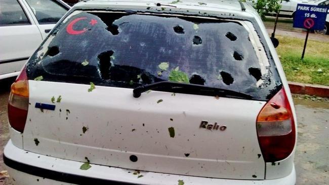 Kastamonu'da etkili olan dolu yağışı nedeniyle 38 kişi yaralandı, 2 bin 65 araç ve 428 bina hasar gördü